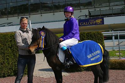 Fantomen och Emma Nordin vann kategori A | Täby 120520 Foto: Lars Odin