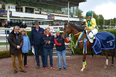 Madeleine Jardby och Poker Face vinner SM i ponnygalopp kat D 2012 Foto: Lars Odin