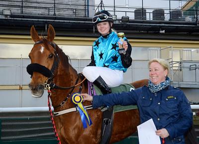 Västergårds Hidalgo och Emma Nordin | Ponnygalopp Jägersro 160424 | Foto: Stefan Olsson / Svensk Galopp