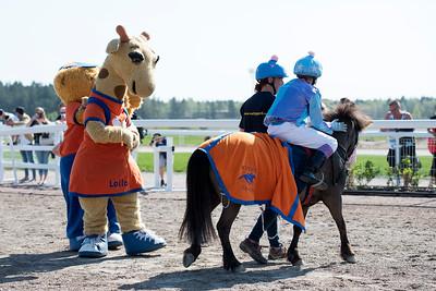 Ponnygalopp Bro Park 180510 Foto: Elina Björklund / Svensk Galopp
