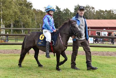 Sjöbrisens Bajonett och Stina Landh  Göteborg 170820 Foto: Stefan Olsson / Svensk Galopp