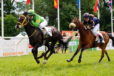 Merveilleux vinner med Linda Svensson Krupke | Strömsholm 140615 |  Foto: Stefan Olsson / Svensk Galopp