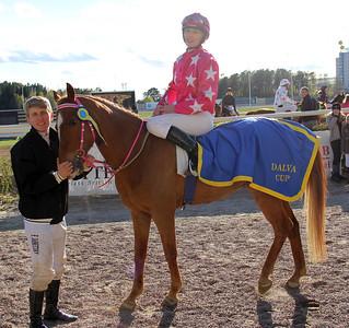 Just My Easy Lover och Angelika Berg | Dalva Cup Kat C | Täby 140504 | Foto: Klara Röstlund / Svensk Galopp