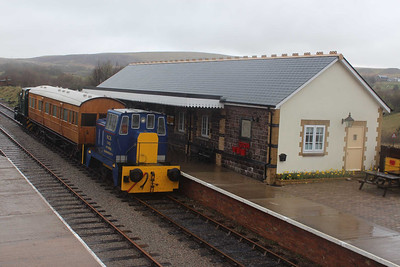 Station Building at Furnace Sidings on 05.04.14.
