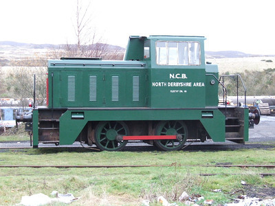 NCB DL.16 -Hudswell Clarke 0-4-0DH on 01.12.06.