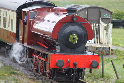 71515 - RSH Austerity 0-6-0ST -  at Whistle Stop Inn Station on 28.05.11