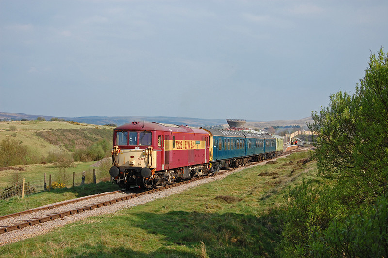A cracking evening as 73128 leads the 16:30 out of Furnace Sidings