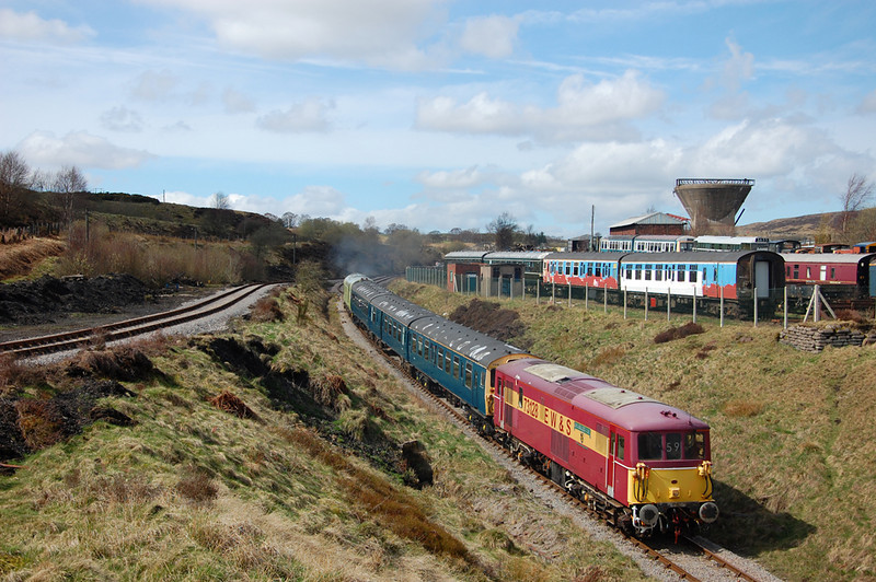 73128 brings up the rear as the train heads to Furnace Sidings