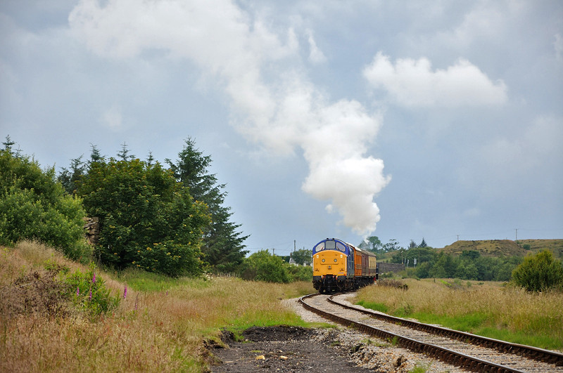 37219 brings up the rear as the train heads to Whistle Inn