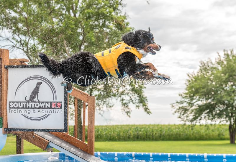 Pool Rental - Monday, July 20, 2015 - Frame: 7293