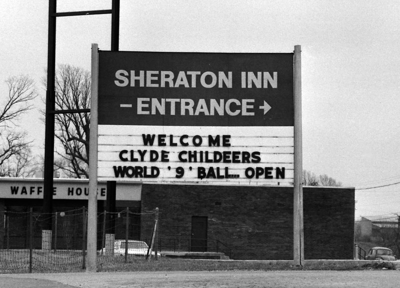 "Bet you never heard of the ""Childeers"" Open! That's right folks, they misspelled ""Childress."" And for some reason, they put quote marks around the number 9. Guess that means it isn't a REAL 9?!"