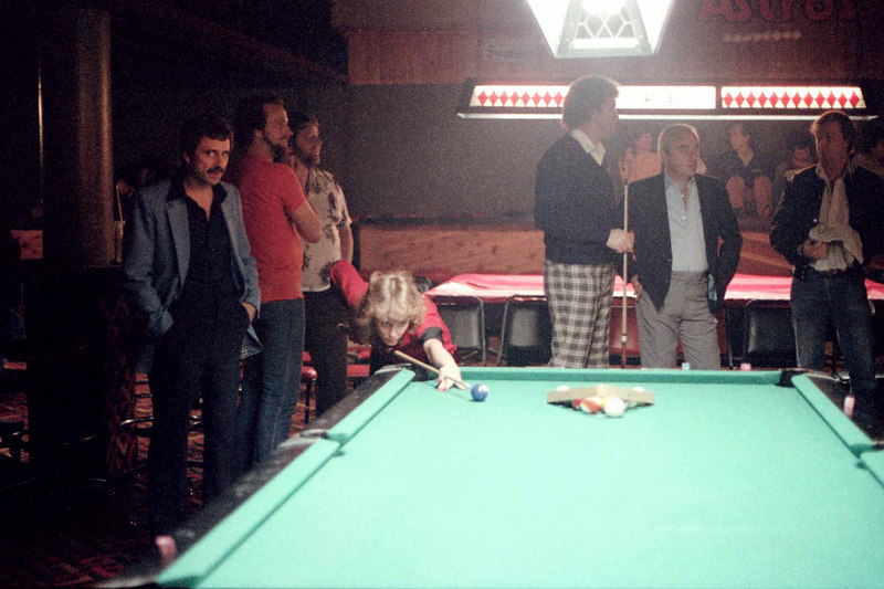 Vickie Frechen (Paski?) shoots as Danny Diliberto watches. Mike Massey standing with a cue.