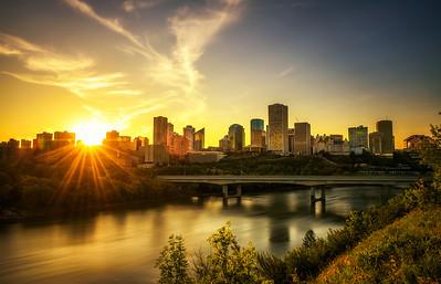 Sunset above Edmonton downtown and the Saskatchewan River, Canada