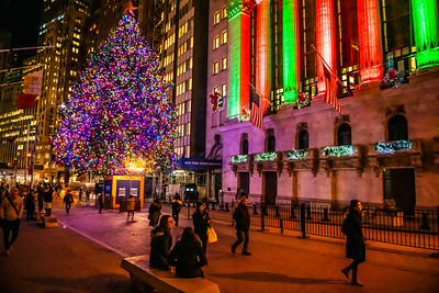 Holiday Glow of Wall St