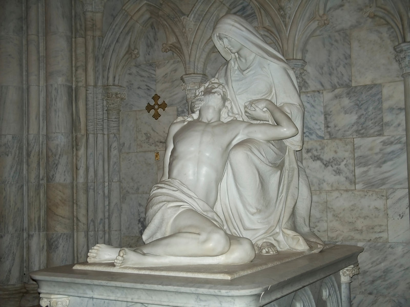 """""""Jesus and Mary""""<br /> A statue in St. Patrick's Cathedral in New York City."""