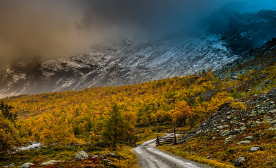 The drive into Hydalen Hemsedal Norway
