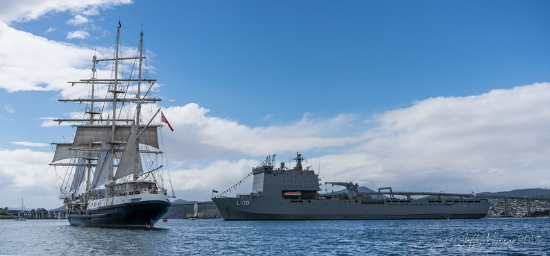 HMAS Choules and Tencious