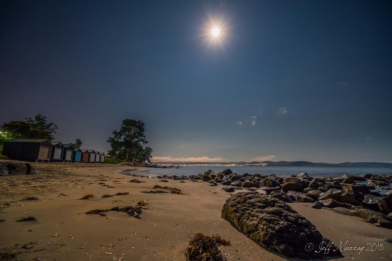 Full moon Taroona