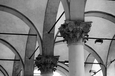 Street Market Columns- Firenze