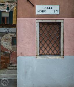 venezia street detail