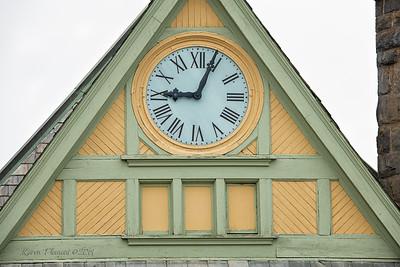 Clock, Baadek