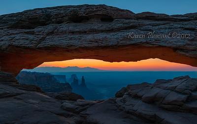 Sunrise @ Mesa Arch