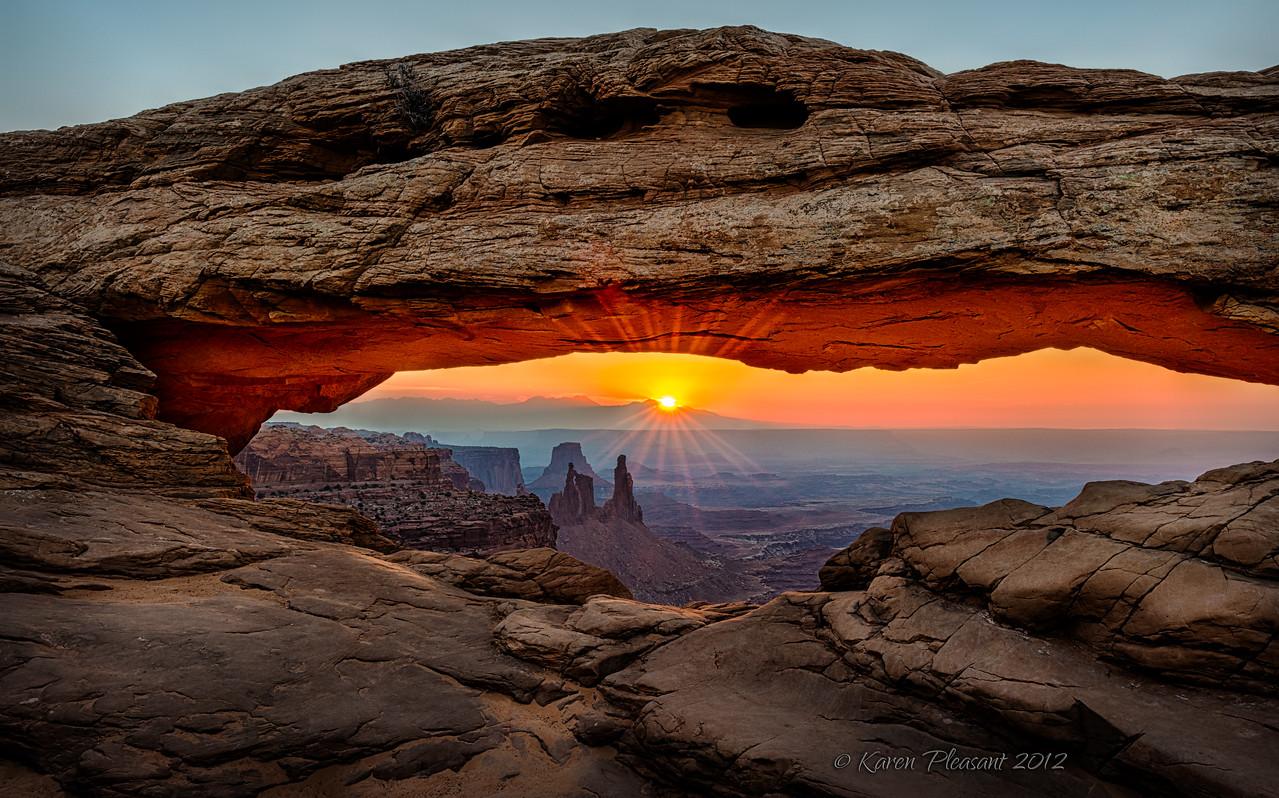 Sunrise @ Mesa Arch, Utah