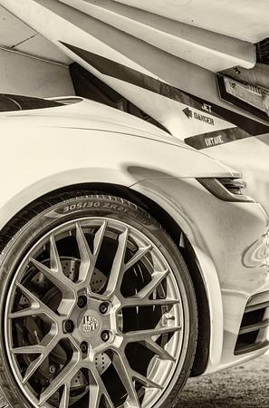 Porsche 2020-162-bw