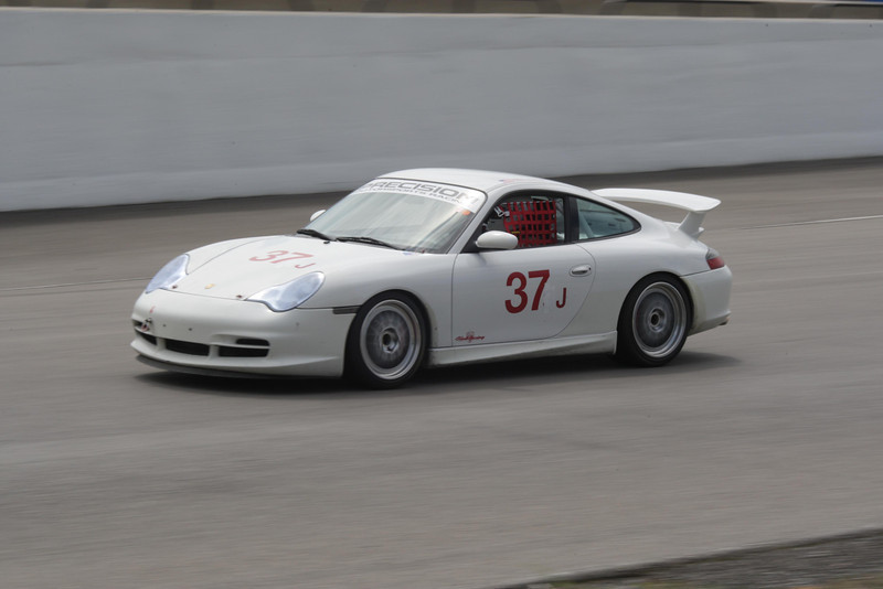Effort Racing Porsche in Tortonto
