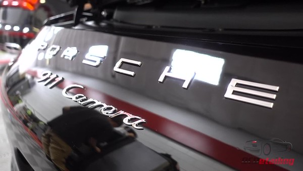 mel Porsche