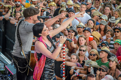 Thompson Square perform at Watershed Festival at the Gorge.