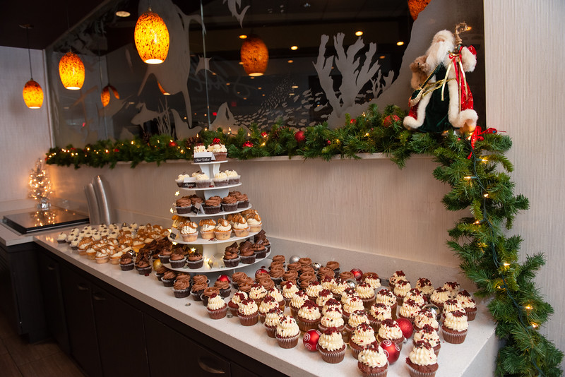 HolidayParty-2018-10