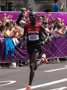 Mens Marathon London 2012 Olympics Eventual bronze medalist Wilson Kipsang Kiprotich of Kenya on his first lap of the London Olympic Marathon