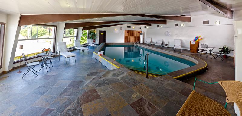 Hotel Cabañas del Lago / Puerto Varas