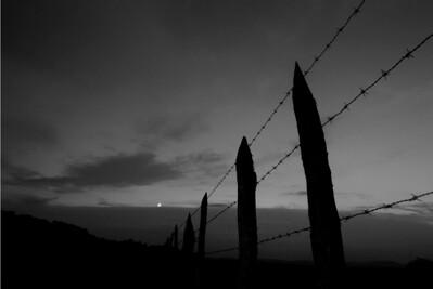 06 Una luna y 22 fronteras