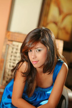 Carmen R 043