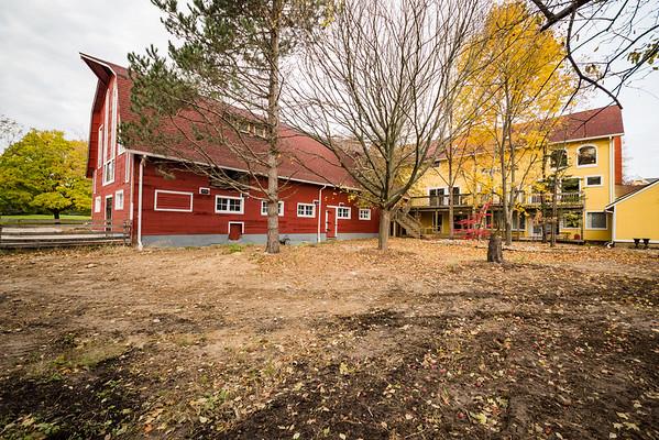 Ready for Holiday  Barn (15)