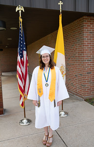 Everest Grad 2019 Ilze Lucero Photo (121)