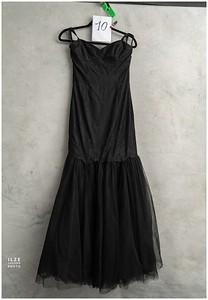 Black (6)