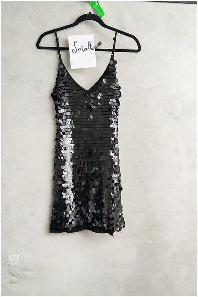Black (20)