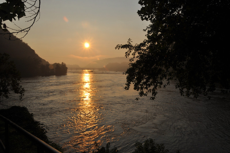 065 Harper Ferry Sunrise