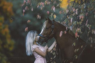 Katrin & Mon Roberta. Kadriorg, september 2019. Photo: Kylli Tedre-Gavrilov / www.kyllitedre.com