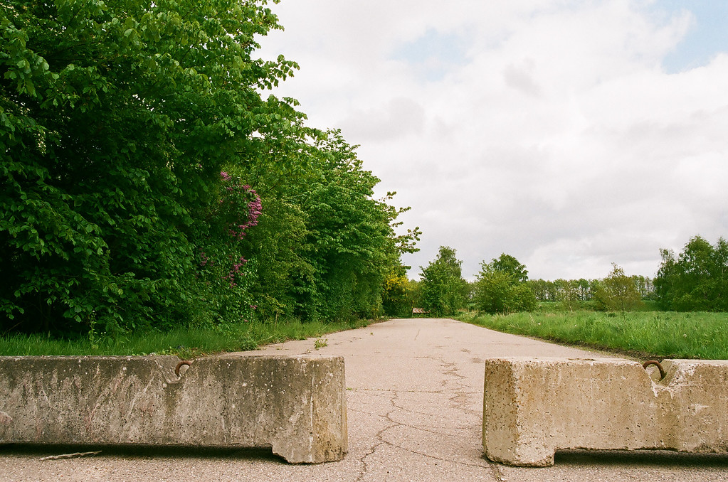 Closed off road near Kokkedal water tower (Fuji Superia 200 film)