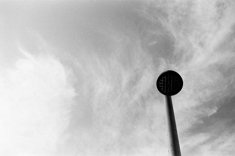 Lamp post (Tri-X 400 film)