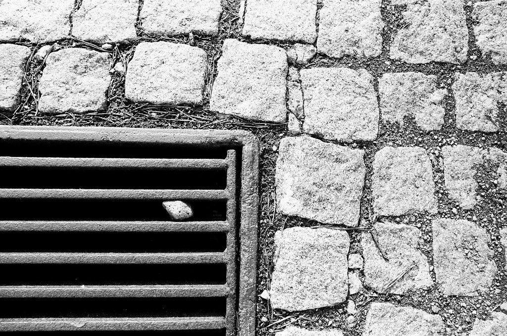 Drain and Cobblestone (Tri-X 400 film)
