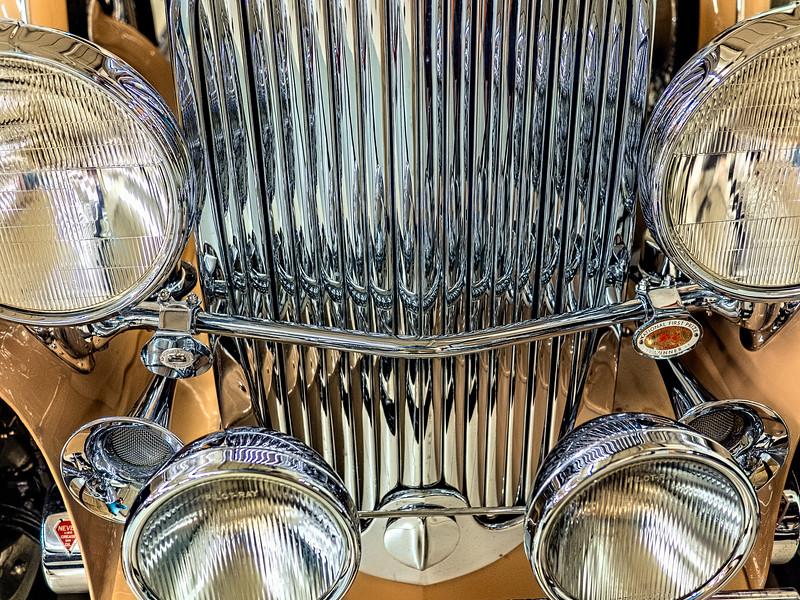 1930 Duesdenberg Model J Arlington Sedan