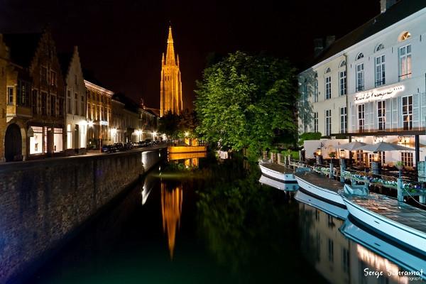 The Onze-Lieve-Vrouwechurch seen from the Rozenhoedkaai.\ Brugge