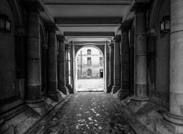 """'The Passage' Bath, United Kingdom  Matted 16""""x20"""", on Luster Photo paper (12 mil) © René Gallet"""