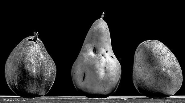 Pears three 002
