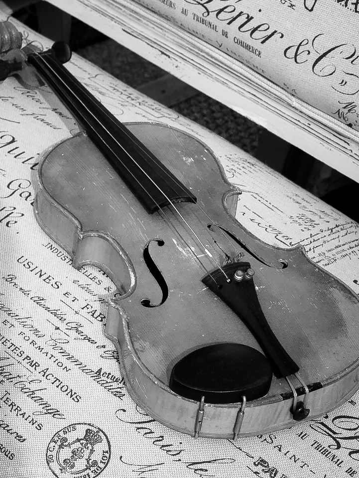 """<center><h2>'French Fiddle'</h2> Atlanta Ga  Matted 16""""x20"""", on Fine Art Paper,  or Luster Photo paper (12 mil) </center>"""